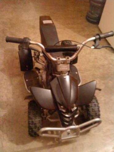 Moto para niños 4 ruedas