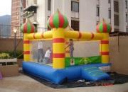 Castillo inflable modelo aladdin fiestas