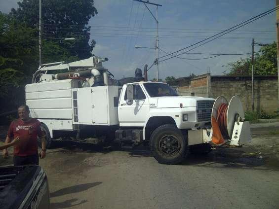 Alquiler de camion vacuum maracay 02432712950